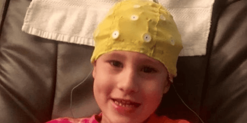 Young girl receiving Neurofeedback Therapy
